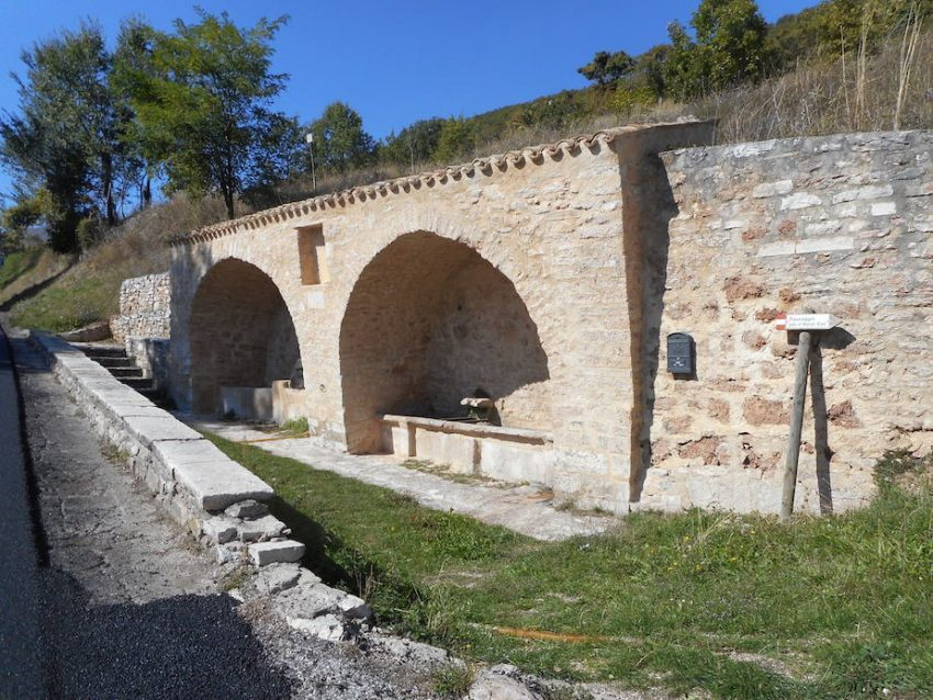 il fontanile di Fematre, per gli uomini e gli armenti